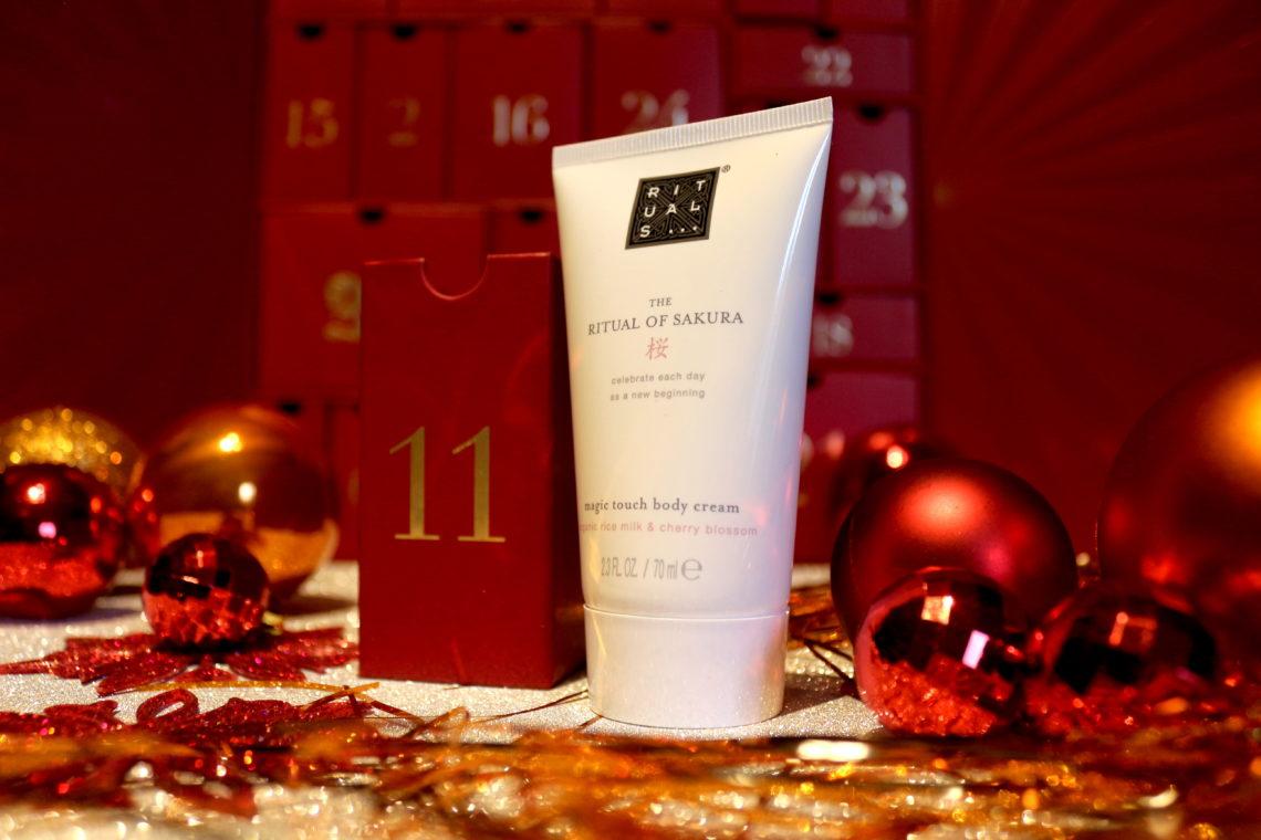 Crème pour le corps Magic Touch Body Cream du Rituel of Sakura de la marque Rituals dans la case 11 du calendrier de l'avent Look Fantastic 2018.