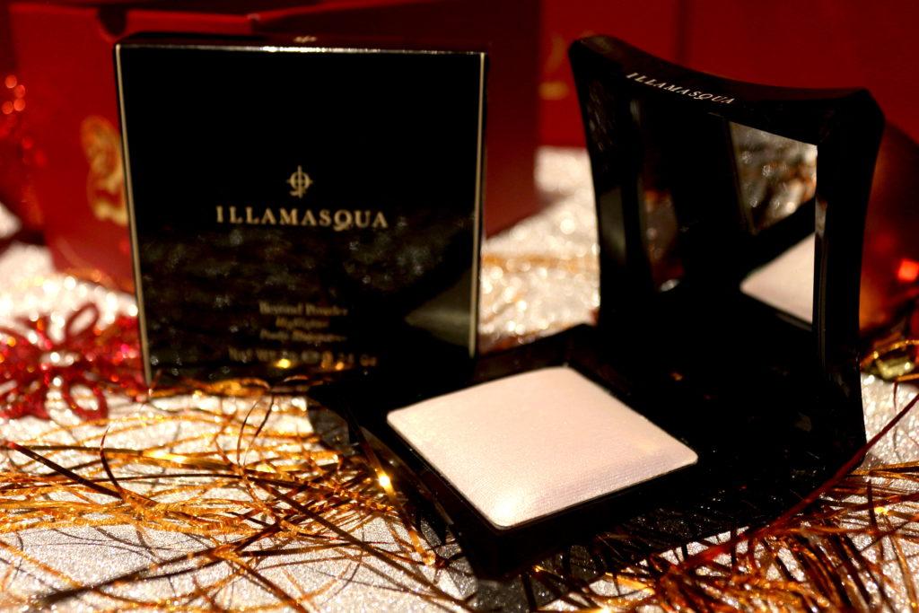 Highlighter Beyond Powder de la marque Illamasqua dans la case 25 du calendrier de l'avent Look Fantastic 2018