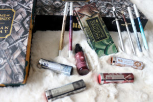 Les produits de maquillage de la collection Urban Decay et Game of Thrones